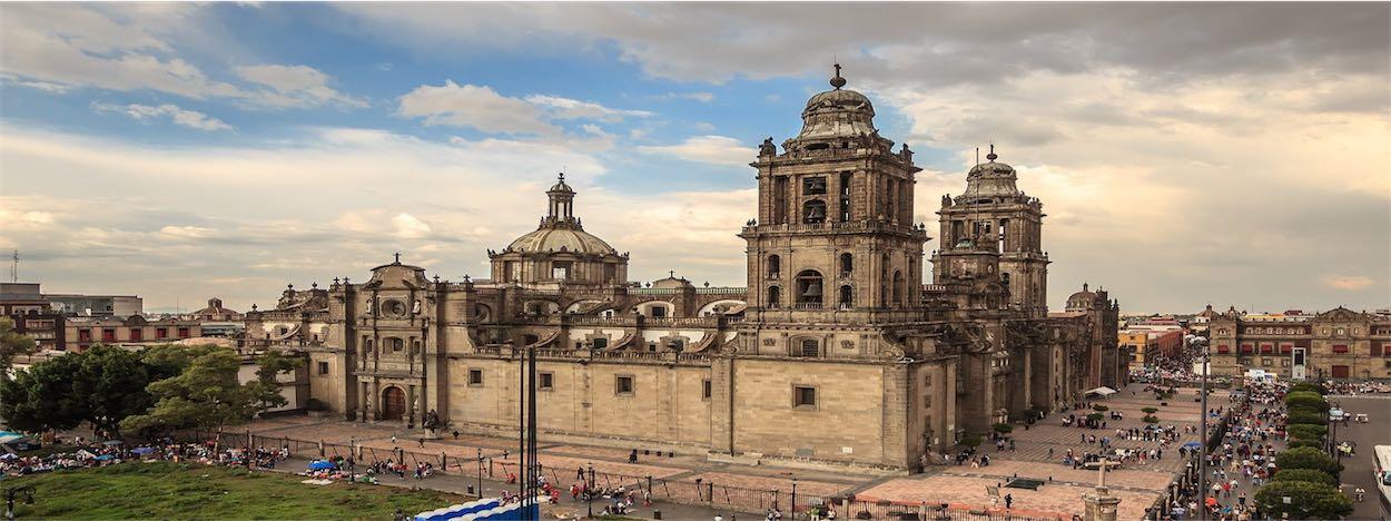 http://www.karmatrails.com/web/uploads/2014/05/Catedral-Metropolitana-Ciudad-de-Mexico.jpg