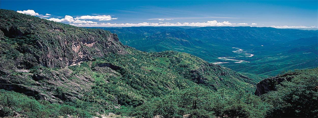http://www.karmatrails.com/web/uploads/2014/05/Panoramic-View-Copper-Canyon.jpg