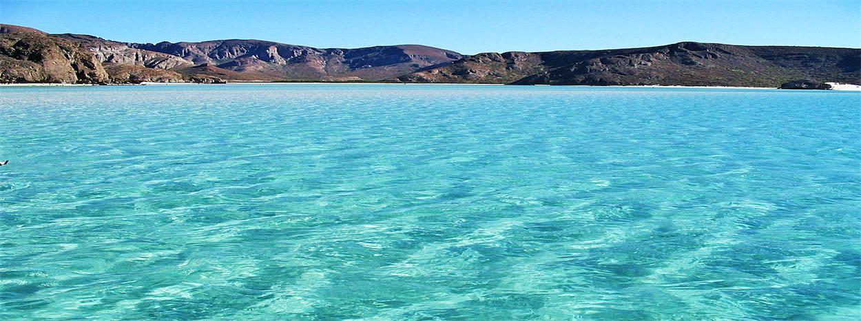 http://www.karmatrails.com/web/uploads/2014/05/Tour-Isla-Espiritu-Santo-Baja-California-1.jpg