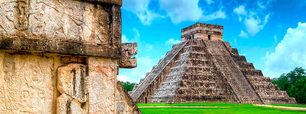 https://www.karmatrails.com/web/uploads/2018/05/Piramide-Dios-kukulkan.jpg